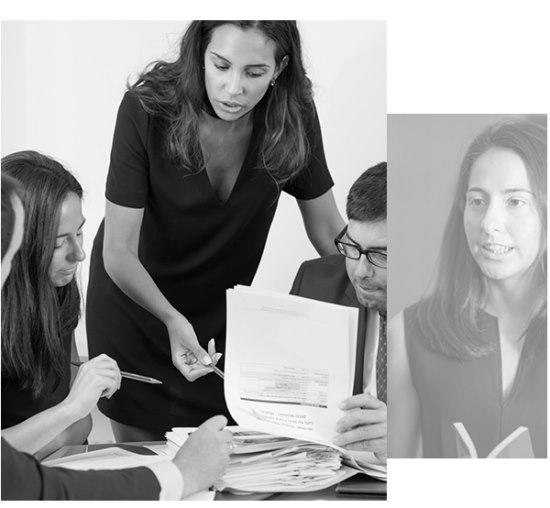 abogados especialistas en viviendas equipo reunion - Abogados Especialistas en Vivienda Los Rosales