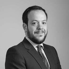 equipo abogados comunidades de propietarios vecindia aitor imanol reyero arregui abogado especialista en propiedad horizontal 586x586 - Abogados de desahucios en Madrid