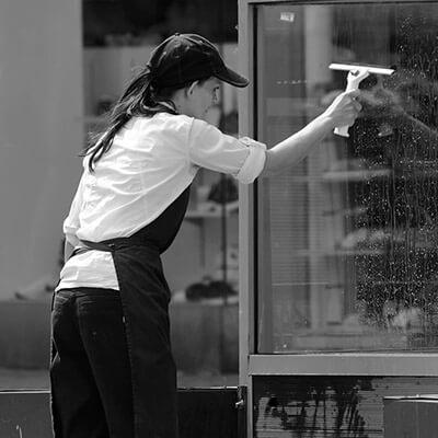 servicios profesionales limpieza comunidades de propietarios ventanales vecindia - Limpieza para comunidades de propietarios